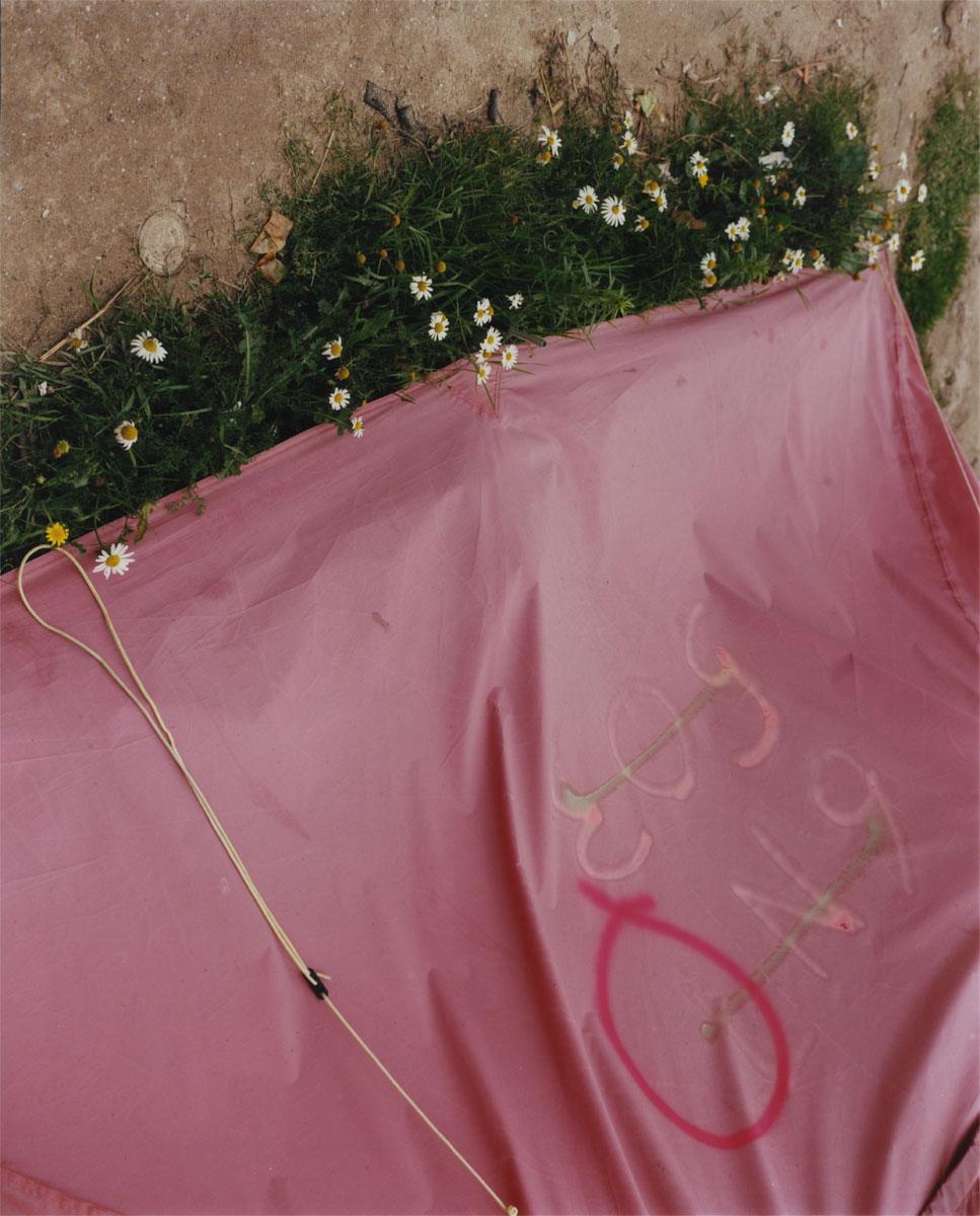 harley-weir-calais-glamcult-border-politics-04